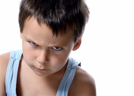 Petits troubles du comportement de l'enfant : symptômes, traitement ...