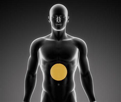 Douleur à l'estomac : symptômes, traitement, définition ...
